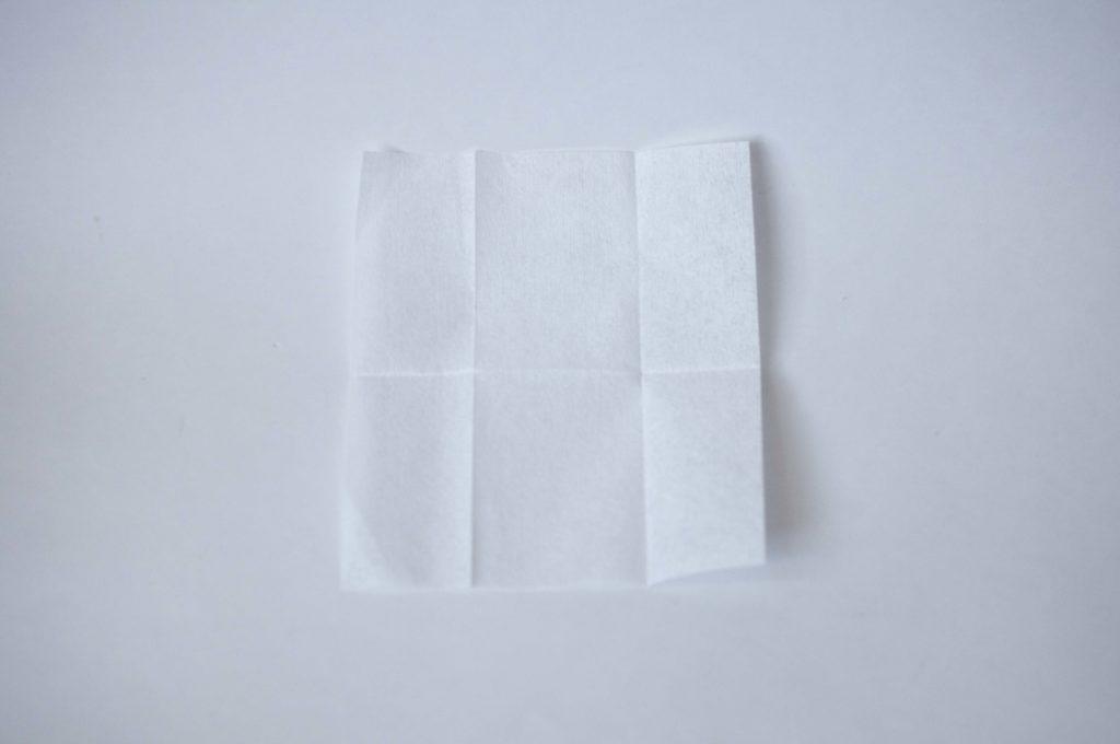 無印良品・携帯用メガネ拭き(広げた状態)